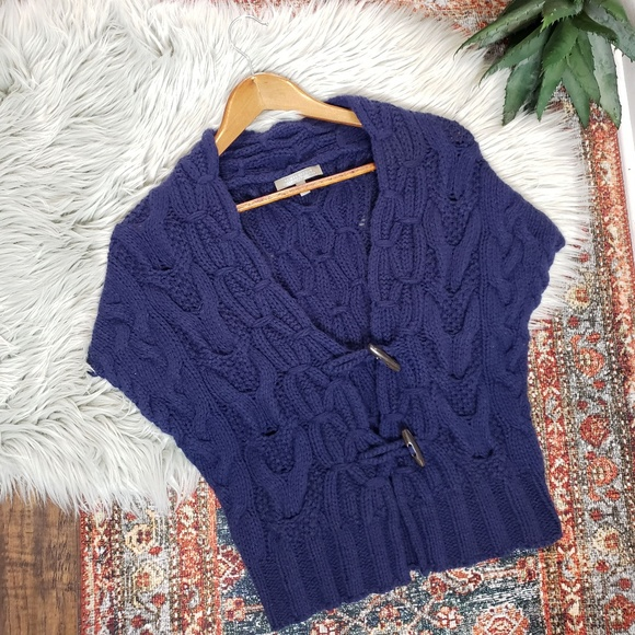 Neiman Marcus Sweaters - Neiman Marcus Cashmere Collection Toggle Sweater